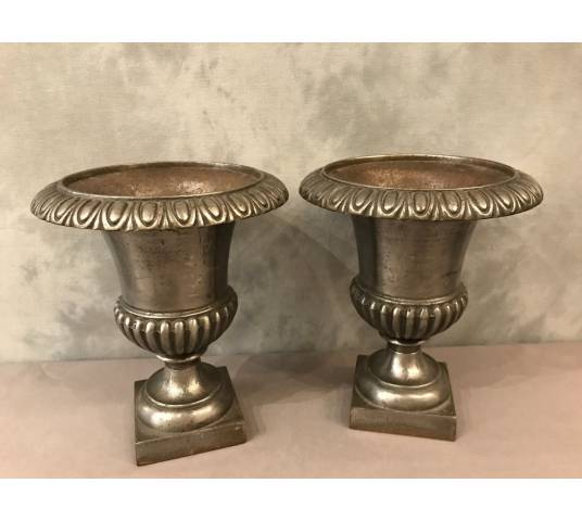 Pair of vintage vases in cast iron 19 th