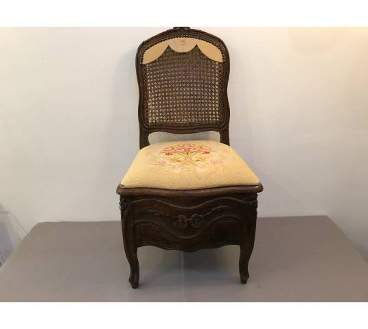 Charming chair of the period Louis XV 18 th