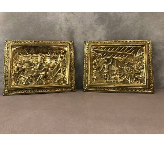 Pair of decorative plates in polished brass of epoch 19 th