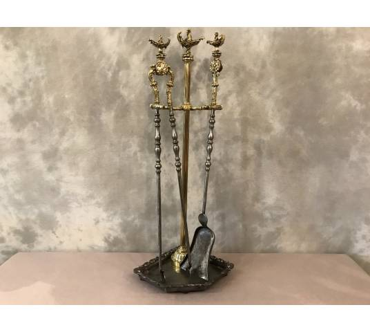 Servant of ancient fireplace in bronze and vintage brass 19 th