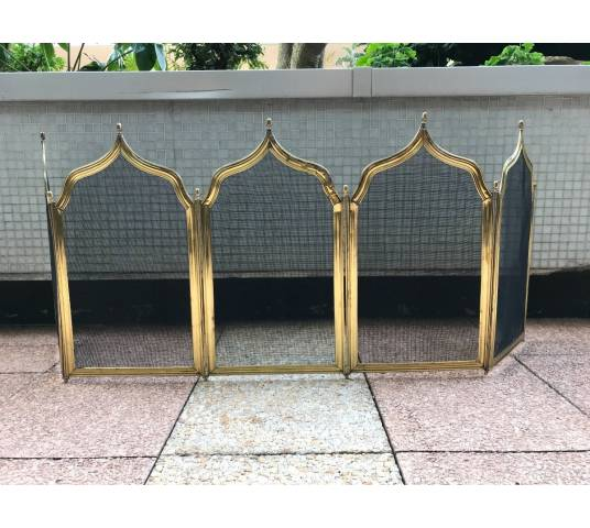 Great Old Firewall in Period Brass 19 th