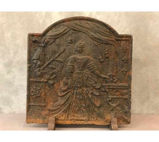 Ancient fireplace plate in vintage iron 18 th
